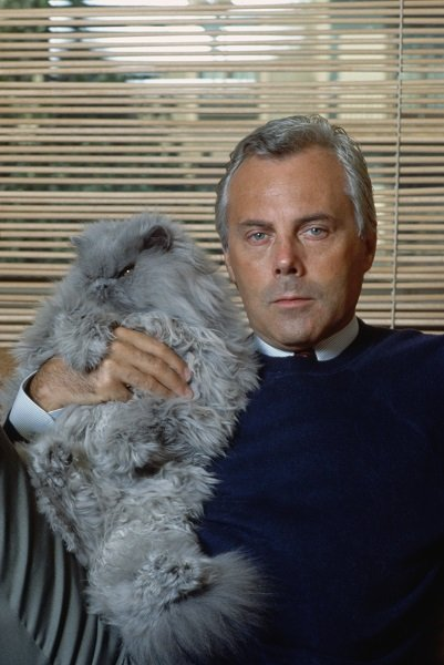 Giorgio Armani and Cat (Photo by �� Vittoriano Rastelli/CORBIS/Corbis via Getty Images)